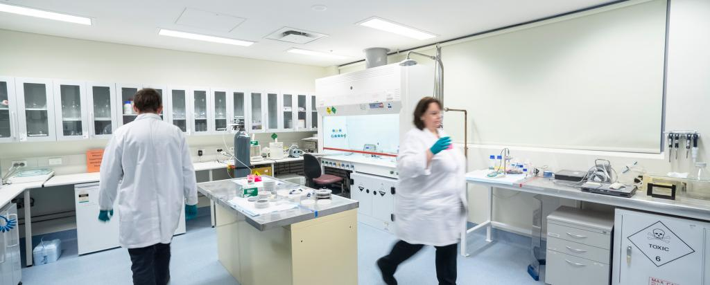 Laboratories Australian Centre for Neutron Scattering